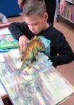 Юные читатели в библиотеке